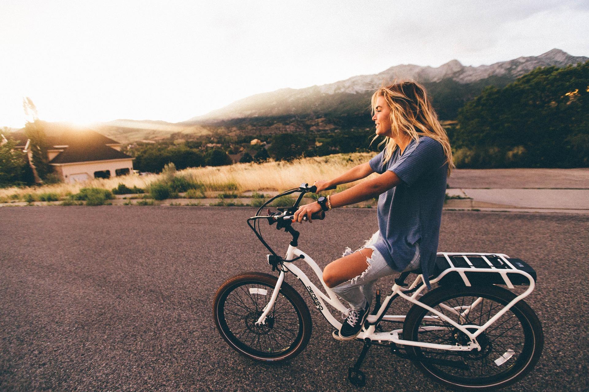 太もも,自転車,筋肉,細くする