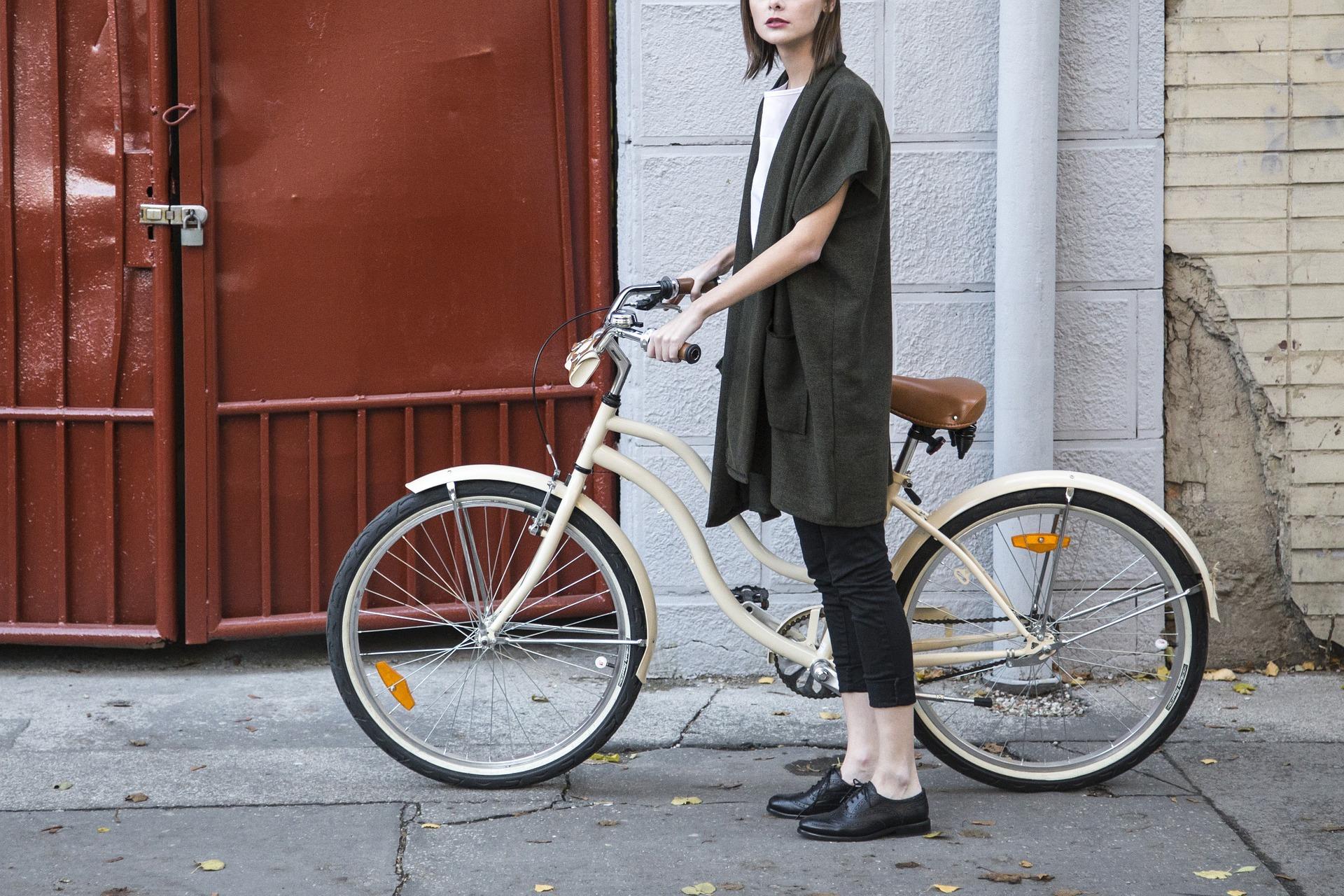 太もも,筋肉,自転車,細く