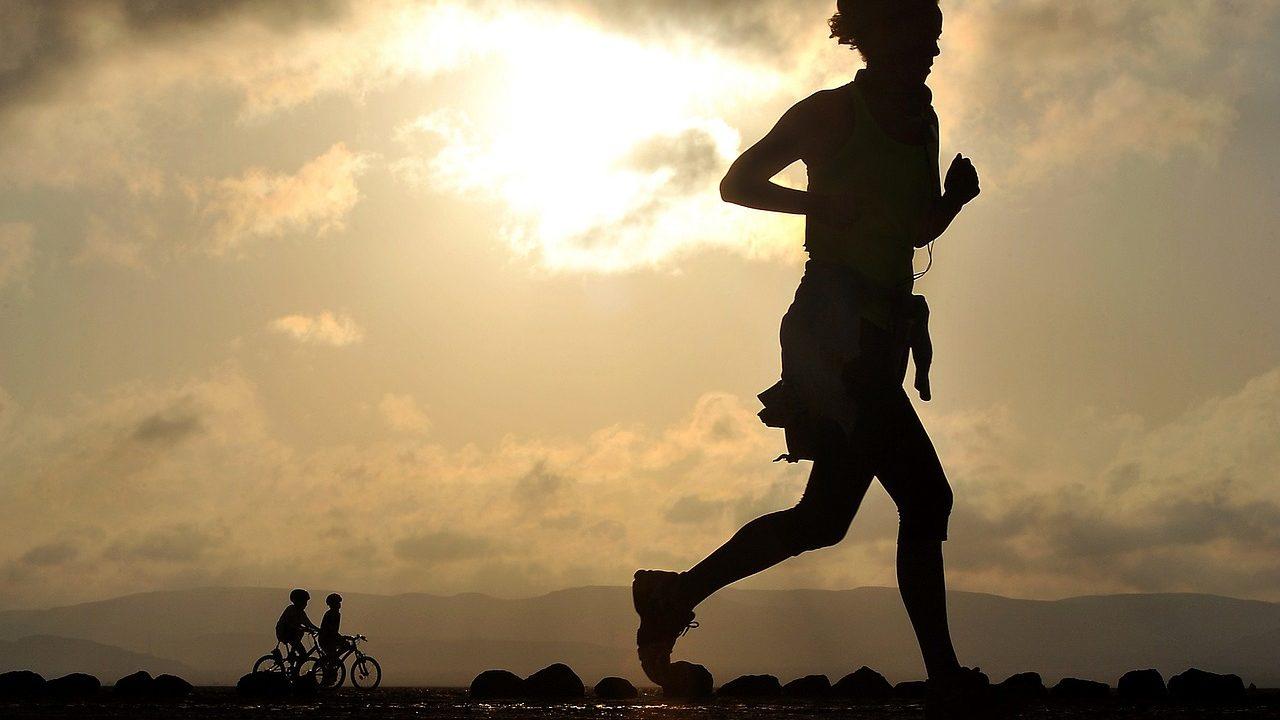 太もも細く,有酸素運動,ダイエット,細く