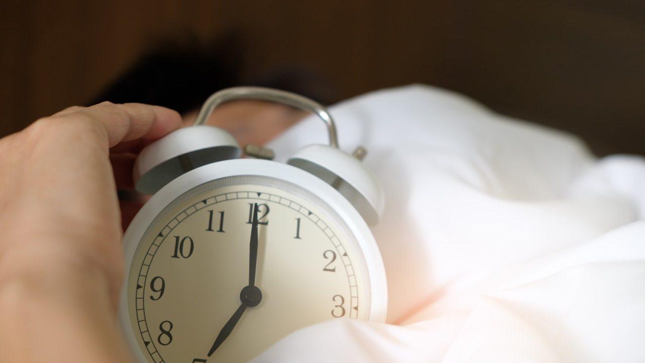 光目覚まし時計,アラーム